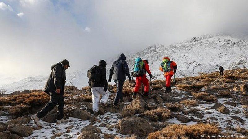Hallan los restos del avión iraní desaparecido con 66 personas a bordo
