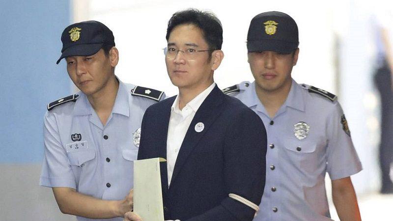 Heredero de Samsung sale de prisión tras una reducción de su condena
