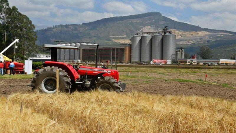 Inauguran primera estación de cebada maltera para producir cerveza en Colombia