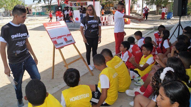 Líderes de paz inculcan valores a niños y niñas en Barranquilla