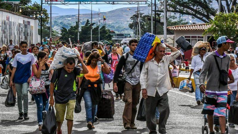 Maduro insiste que no el éxodo de venezolanos no existe