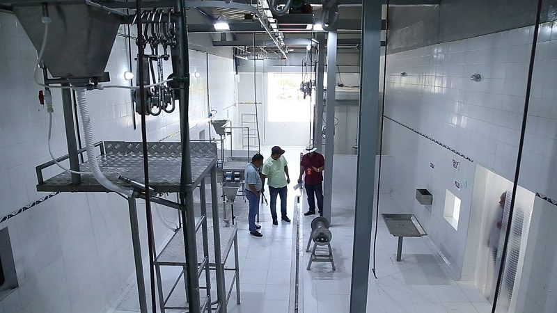 Verano pone al servicio planta de beneficio animal en el sur del Atlántico