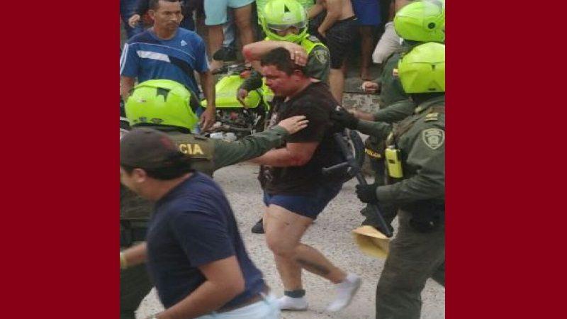 Agreden a hombre a que atracó a varias mujeres en el barrio Las Moras de Soledad