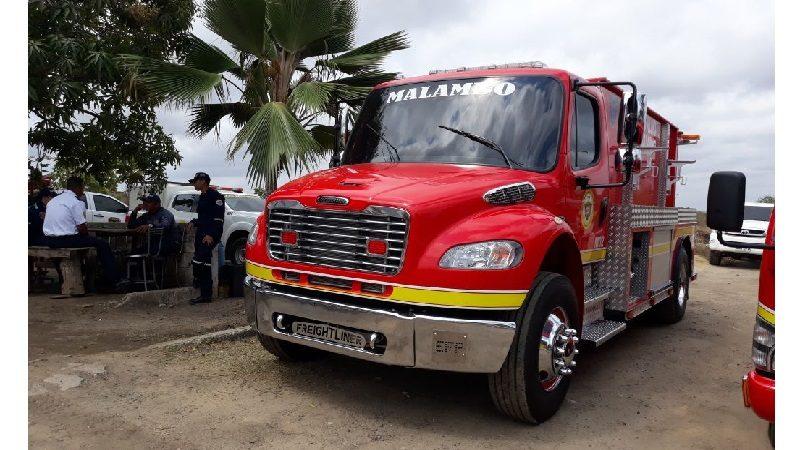 Alerta en Malambo, 53 incendios forestales han atendido Bomberos