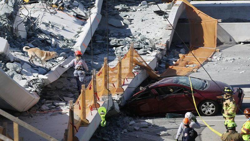 Aumenta a seis el número de muertos tras colapso de puente peatonal en Miami