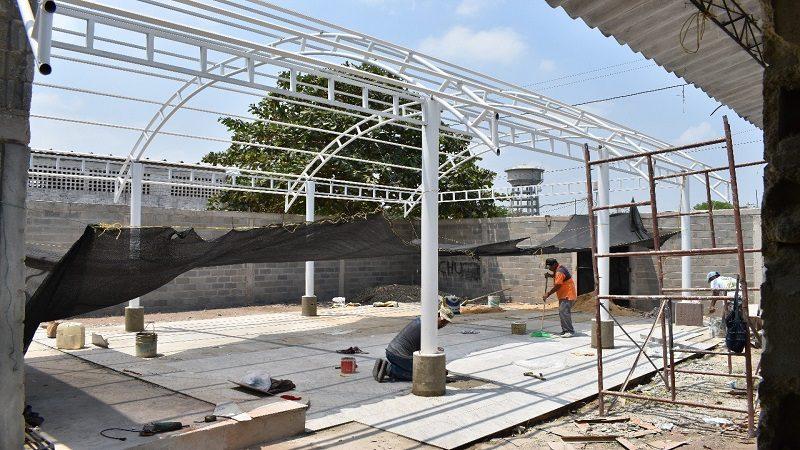 Avanzan obras de construcción de salón múltiple y oratorio para el centro de vida, en Malambo
