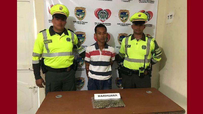 Captura a pasajero de bus con más de 500 dosis de marihuana, en peaje de Sabanagrande