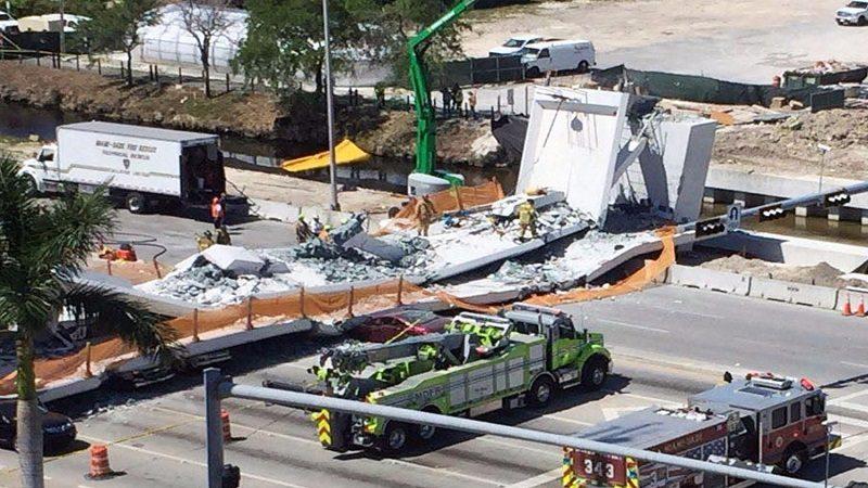 Derrumbe de puente en Miami deja varios muertos