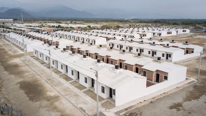 Entregan 181 casas adaptadas al cambio climático en Santa Marta y Ciénega