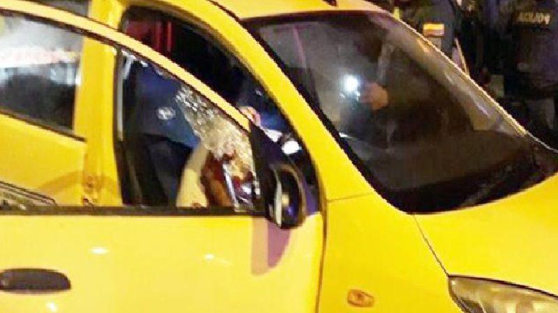Matan a dos hombres que iban en un taxi, en el barrio La Chinita