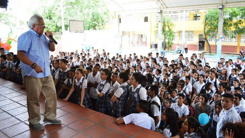 Ministerio de Educación destaca a Soledad por avance en jornada única
