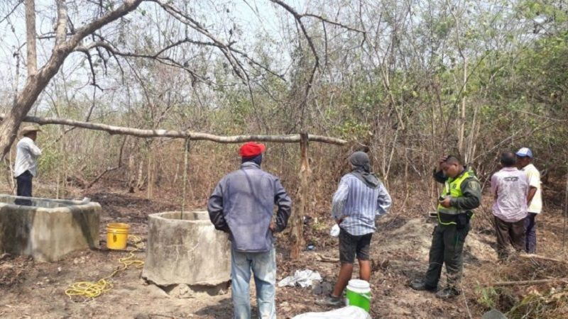 Mueren dos campesinos al caer en un pozo en Juan de Acosta