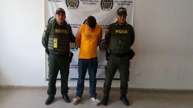 Tiene detención domiciliaria y estaba paseando por las calles de Luruaco