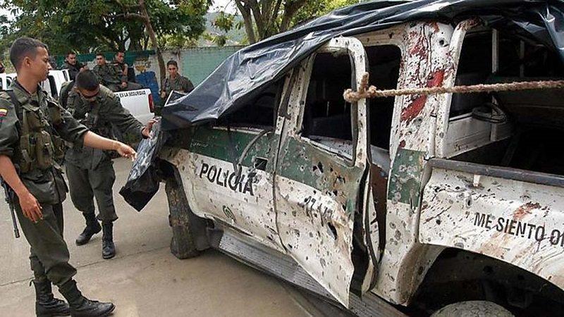 Atentado con explosivos deja ocho policías muertos en Antioquia