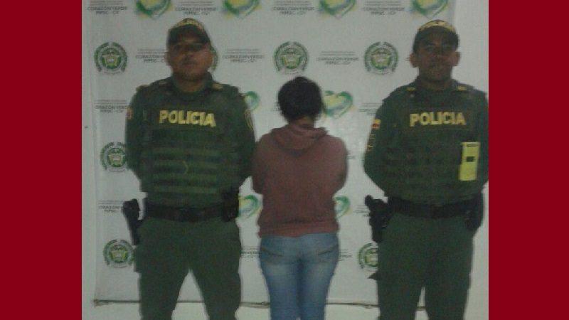 Capturan a mujer que apuñaló a su marido tras una discusión, en Palmar de Varela