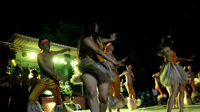 Con 'Huellas y voces del folclor', Soledad celebra la danza