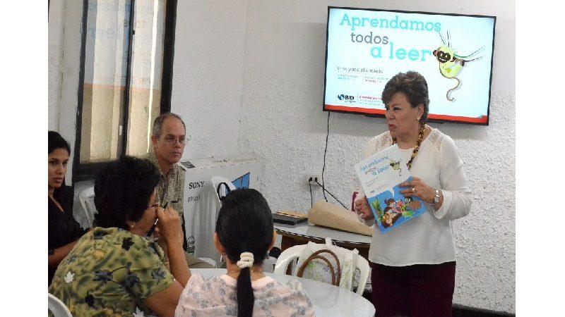 Distrito emprende proyecto piloto para unificar enseñanza de lectura y escritura en colegios oficiales