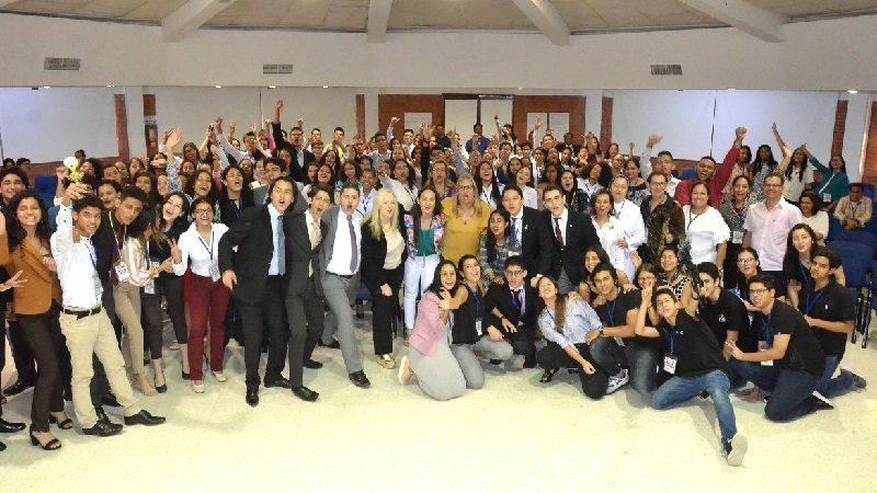 Estudiantes de colegios oficiales vivieron por primera vez la experiencia del Modelo de Naciones Unidas