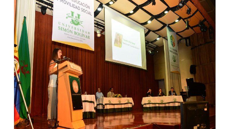 Hoy la prioridad en Colombia es la educación, pero aún hay grandes brechas que superar