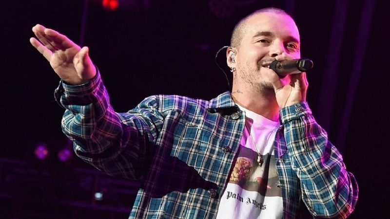 LOS ANGELES, CA - JANUARY 20: J. Balvin performs onstage during Calibash Los Angeles 2018 at Staples Center on January 20, 2018 in Los Angeles, California.   Kevin Winter/Getty Images/AFP
