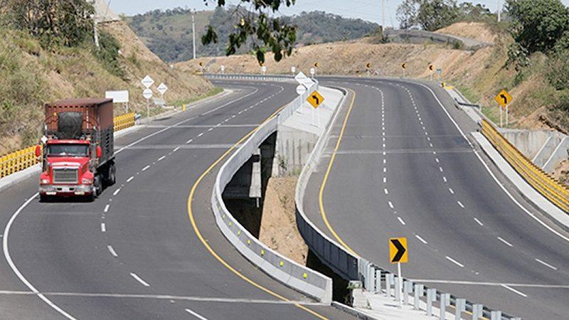 Procuraduría pide suspender ocho contratos de infraestructura vial en el país