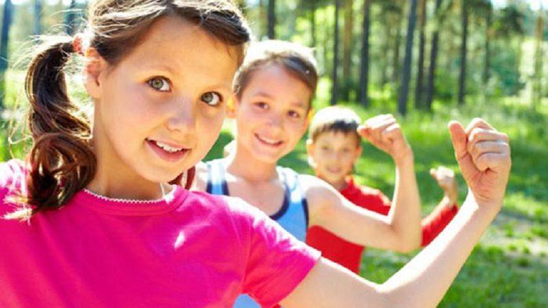 Tres claves para que las niñas y los niños crezcan sanos y felices