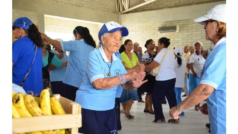 adultos mayores de Soledad disfrutaron de jornada de salud