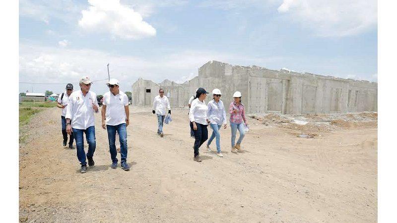 Avanzan obras de construcción de casas, vías y complejo deportivo, en Repelón