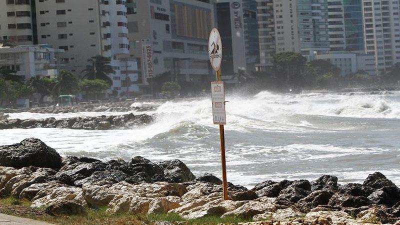 Gobierno Nacional y Alcaldía de Cartagena firman convenio para mitigar erosión costera