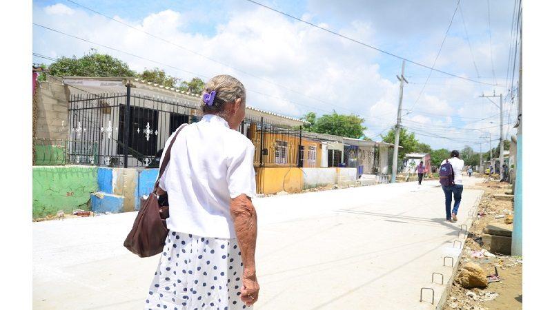 Recuperan vía del barrio Ferrocarril de Soledad, que estuvo olvidada por más de 50 años
