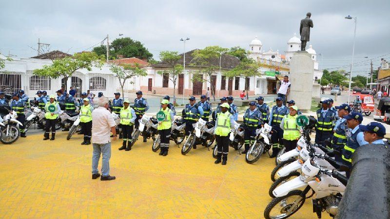 Alcaldía de Soledad entregó nuevas motos a agentes de Tránsito