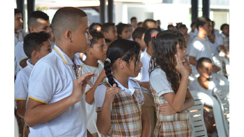 Más de 1.000 jóvenes de colegios públicos de Barranquilla, capacitados en prevención de consumo de drogas