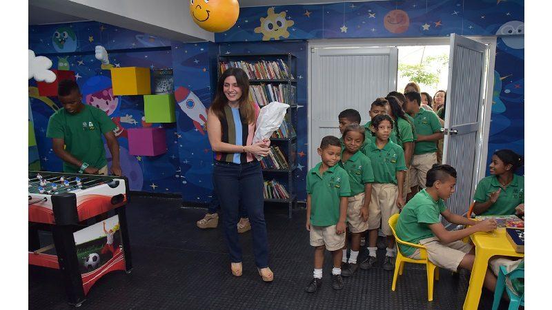 Niños del internado Víctor Tamayo estrenan ludoteca-biblioteca y salón deportivo