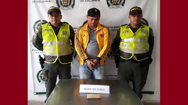 Capturan a hombre en Luruaco que llevaba base de coca en sus zapatos
