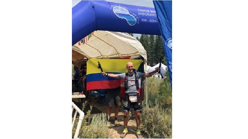 Colombiano corre durante 30 horas seguidas para completar la ultramaratón de 162.5 kilómetros en Lake Tahoe
