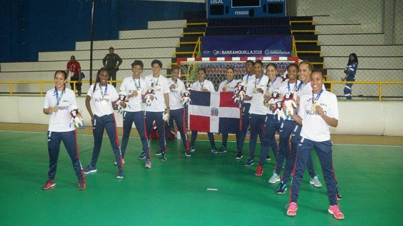 Dominicana redondeó la noche dorada, con el Balonmano Femenino