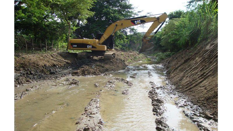 Gobernación adjudica licitación para canalizar arroyos en Juan de Acosta, Luruaco y Usiacurí