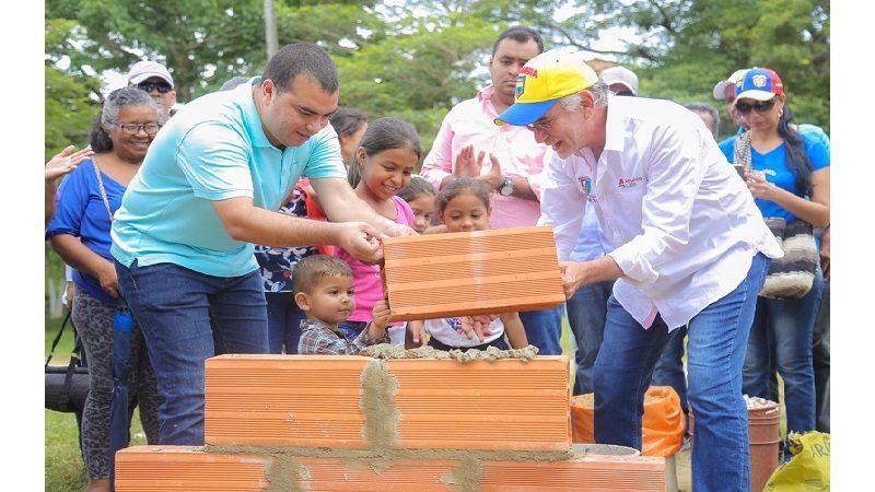 Gobernación ampliará cobertura de alcantarillado en Usiacurí