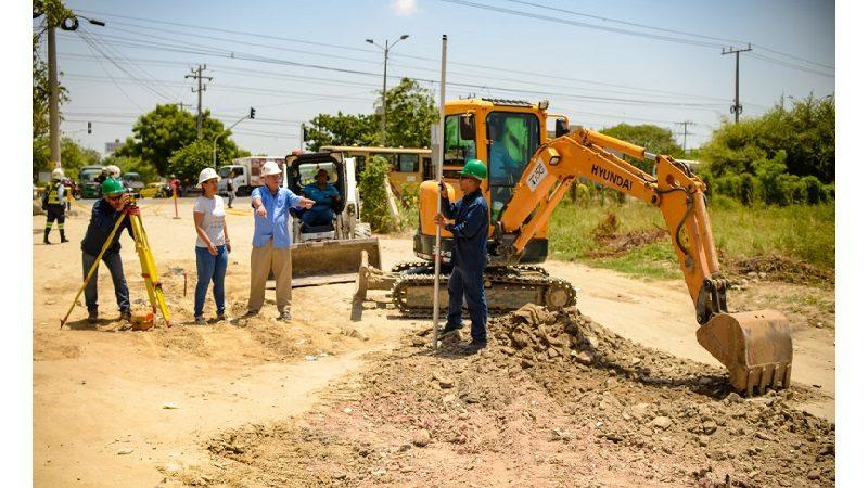Inician obras en vía de gran impacto para cinco barrios de Soledad