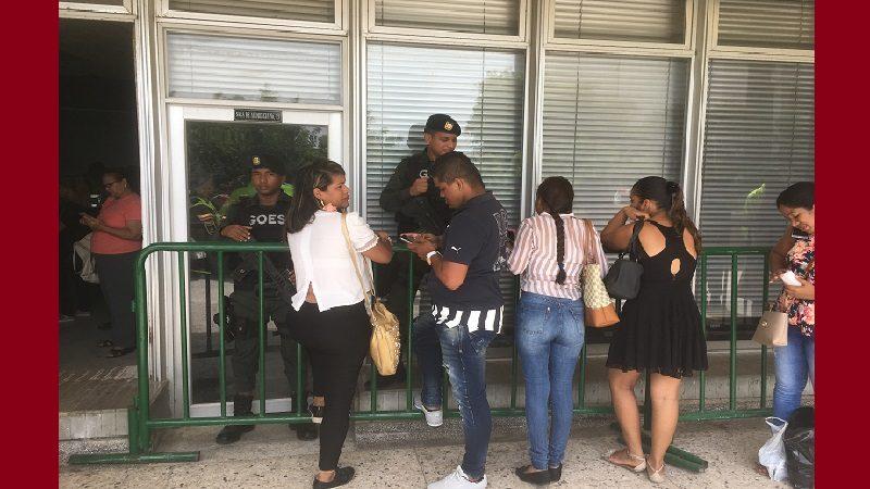 Nueve policías a la cárcel y cinco a sus casas, por pérdida de droga en La Chinita