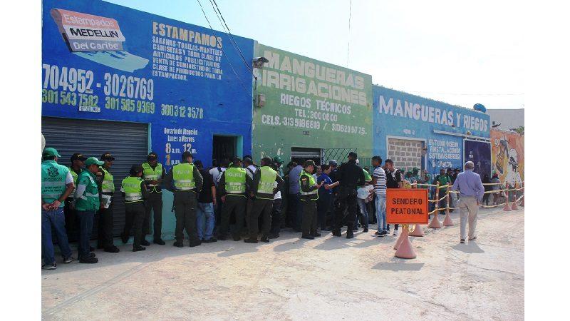 Distrito recupera predios para ampliación de la plaza de La Paz