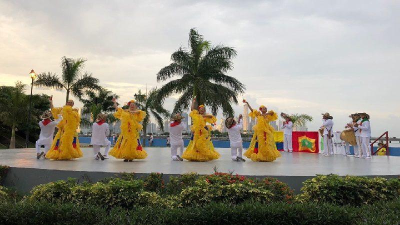 La riqueza cultural de Barranquilla pone la alegría en fiestas patrias de Colombia en Panamá