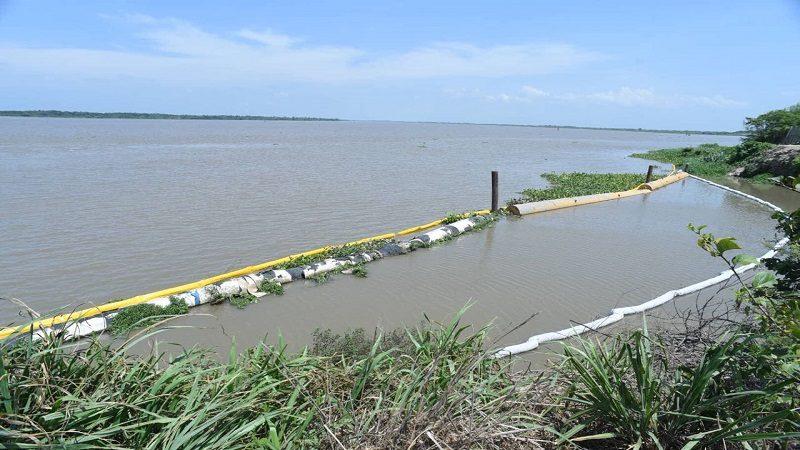 Sigue riesgo en Barranquilla por draga que se hundió en el río Magdalena
