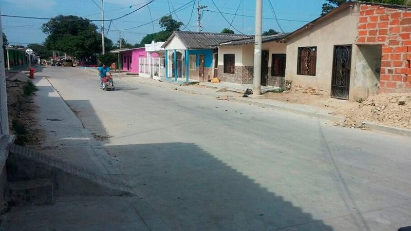 Dos muertos y un herido deja balacera en el barrio El Bosque