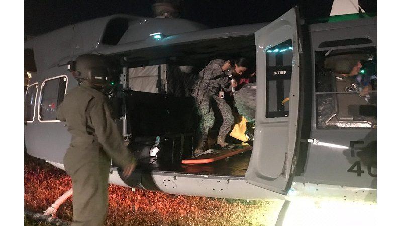 En helicóptero trasladan a Barranquilla a niño wayúu que se quemó con un fogón en la Alta Guajira