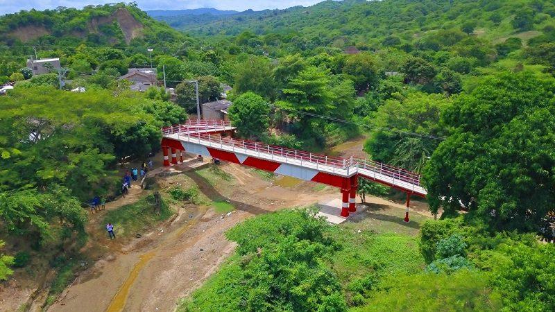 Gobernación entregó el puente que conecta con 'La Esperanza' de San José de Saco