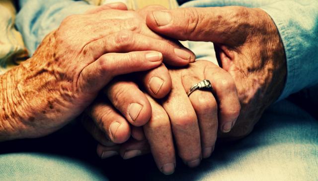 elogio-de-los-ancianos-por-alberto-salcedo-ramos-640