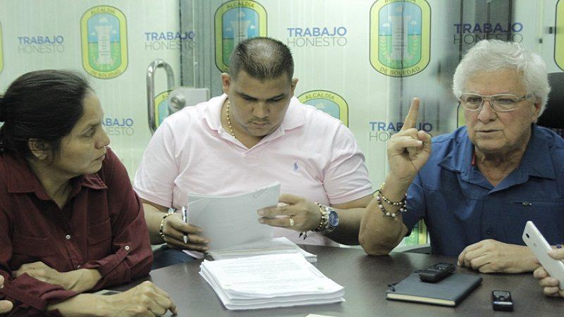 alcalde-sanciona-nuevo-estatuto-tributario-3