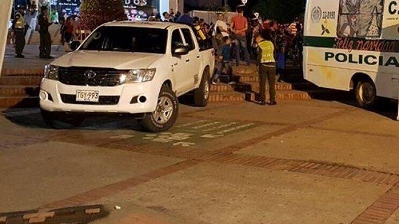 al-menos-un-policia-muerto-y-5-heridos-en-explosion-en-bogota-532780