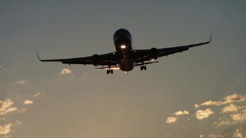 09/12/2016 Avión .  Los precios del transporte aéreo regular de pasajeros registraron en el tercer trimestre su menor tasa anual desde el primer trimestre de 2008 tras bajar más de 2,5 puntos en relación al trimestre anterior, hasta situarse en el -5,4%, según ha informado este viernes el Instituto Nacional de Estadística (INE).  ECONOMIA INVESTIGACIÓN Y TECNOLOGÍA CC/PIXABAY